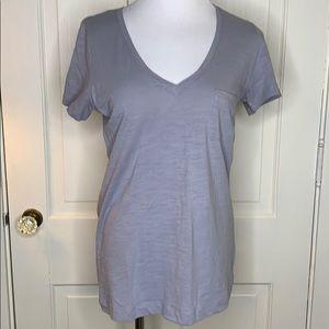 Wishlist gray v-neck short sleeve tee Size M